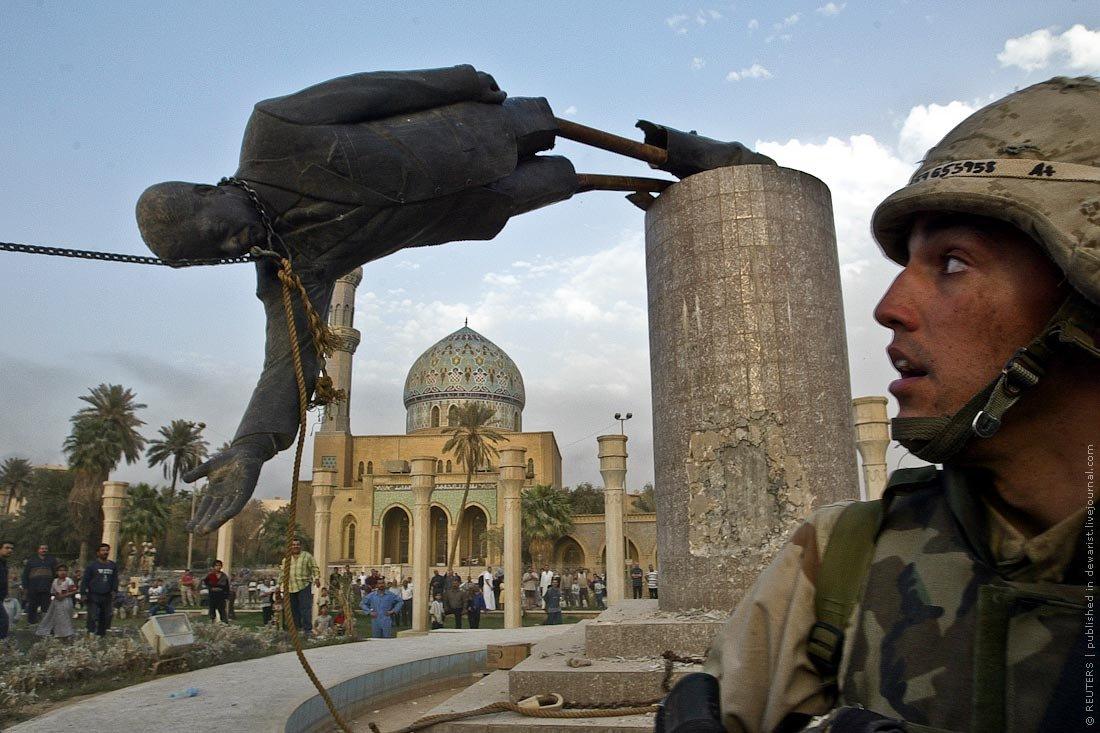 свержение памятника Саддаму Хусейну