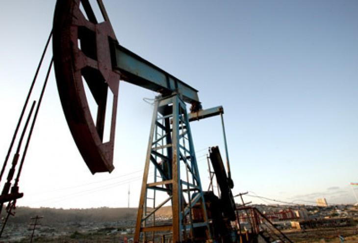 Черный понедельник для золота и нефти?