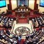 Парламент Казахстана: в поисках своего места